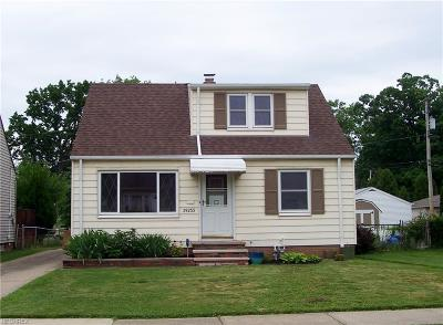 Willowick Single Family Home For Sale: 29233 Barjode Rd