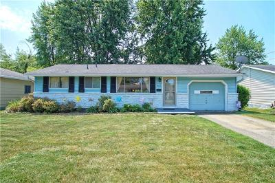 Elyria Single Family Home For Sale: 951 Sherwood Dr