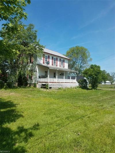 Ashtabula County Single Family Home For Sale: 1957 Stanhope Kelloggsville Rd