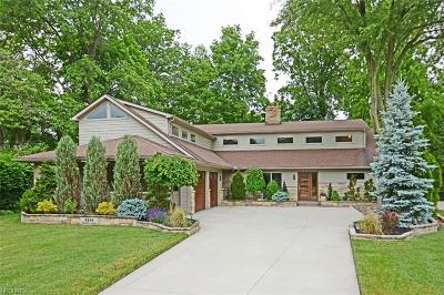 Rocky River Single Family Home For Sale: 3258 Fairhill Dr