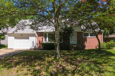 Beachwood Single Family Home For Sale: 24113 East Silsby Rd