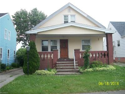 Garfield Heights Single Family Home For Sale: 5123 East 114th St