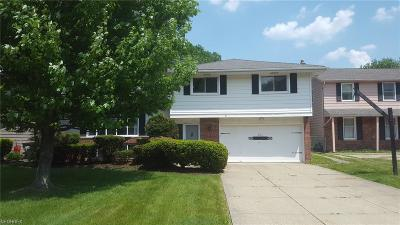 Euclid Single Family Home For Sale: 2133 Brandywine Dr