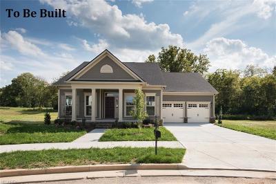 North Ridgeville Single Family Home For Sale: 7429 Greenlawn Ln
