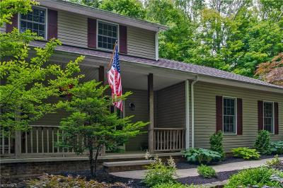 Chardon Single Family Home For Sale: 12520 Woodin Rd
