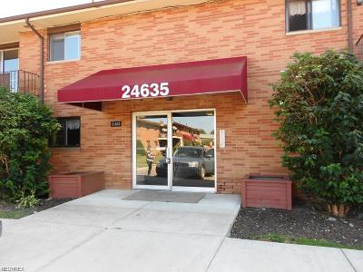 North Olmsted Condo/Townhouse For Sale: 24635 Clareshire Dr #201