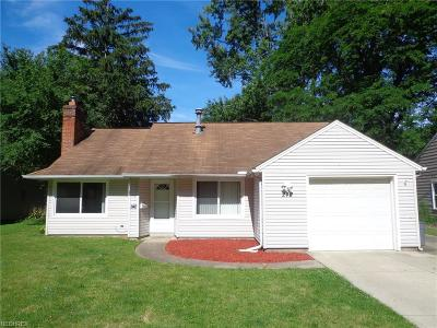 Berea Single Family Home For Sale: 242 Franklin Dr