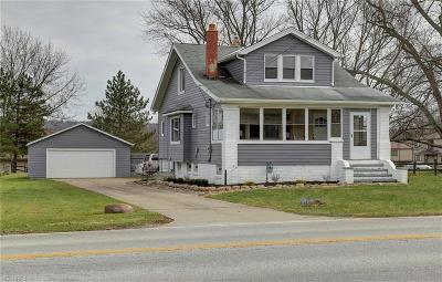 North Royalton Single Family Home For Sale: 11595 Abbey Rd