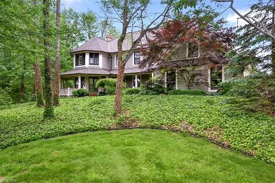 Geauga County Single Family Home For Sale: 12280 Reserve Ln