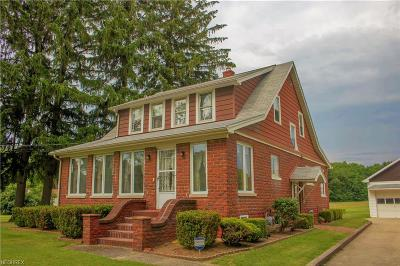 Conneaut Single Family Home For Sale: 492 Furnace Rd