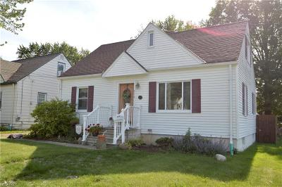 Avon Lake Single Family Home For Sale: 218 Moore Rd