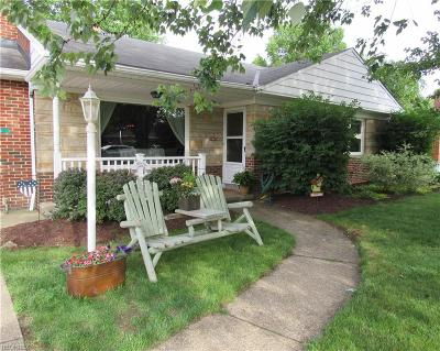 North Olmsted Single Family Home For Sale: 4465 West Ranchview Ave