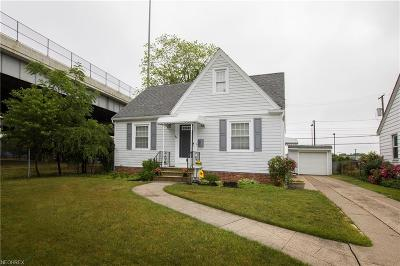 Cleveland Single Family Home For Sale: 3159 Joslyn Rd