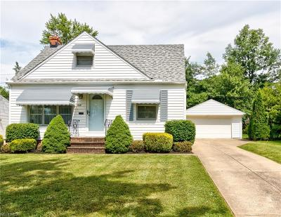 Wickliffe Single Family Home For Sale: 1659 Dennis Dr