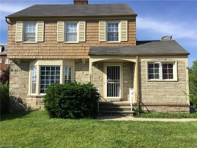 Shaker Heights Single Family Home For Sale: 3423 Milverton Rd