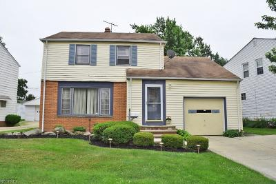 South Euclid Single Family Home For Sale: 4096 Linnell Rd