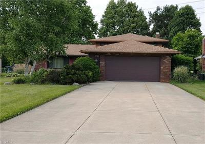 North Olmsted Single Family Home For Sale: 29454 Josephine Dr