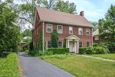 Shaker Heights Single Family Home For Sale: 2935 Carlton Rd