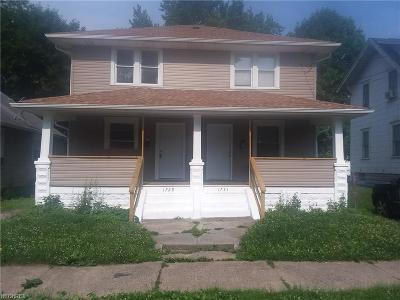 Stark County Multi Family Home For Sale: 1729 Edwards Ave Northeast