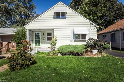 Cleveland Single Family Home For Sale: 18504 Rockland Ave
