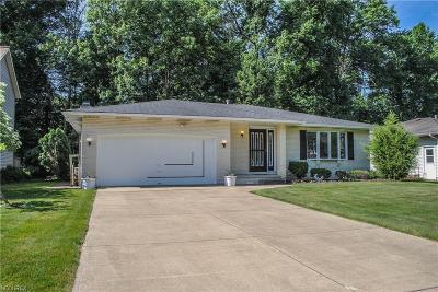 North Olmsted Single Family Home For Sale: 24907 Tara Lynn Dr