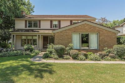 Shaker Heights Single Family Home For Sale: 2964 Montgomery Rd