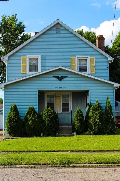 Struthers Single Family Home For Sale: 461 West Wilson St