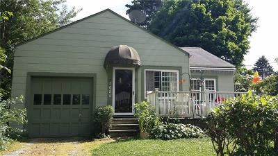 Willoughby Single Family Home For Sale: 7684 Joseph St