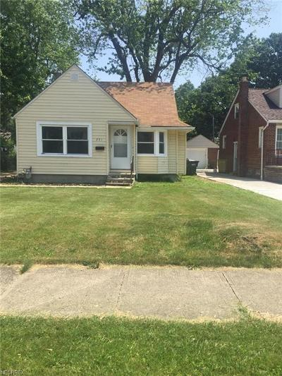 Willowick Single Family Home For Sale: 271 East 285 St