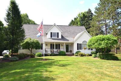 Willoughby Hills Single Family Home For Sale: 2634 Bates Ln