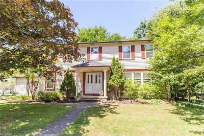 Bay Village, Rocky River Single Family Home For Sale: 21650 Martins Way