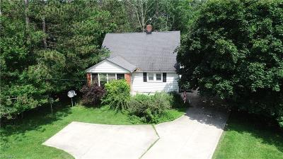 Broadview Heights Single Family Home For Sale: 8539 Broadview Rd