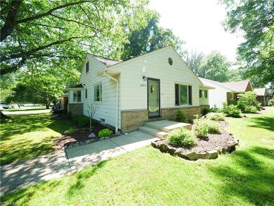 North Olmsted Single Family Home For Sale: 24855 Gessner
