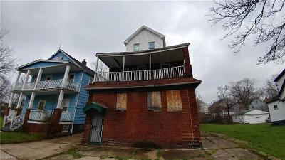 Cleveland Multi Family Home For Sale: 3639 East 144th