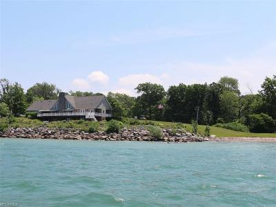 Geneva-On-The-Lake Single Family Home For Sale: 4835 Lake Rd East