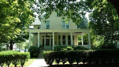 Marietta Single Family Home For Sale: 334 Front St