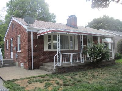 Hubbard Single Family Home For Sale: 351 Prescott St