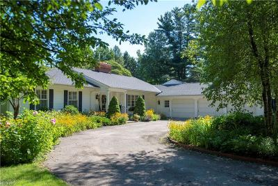 Waite Hill Single Family Home For Sale: 7093 South Ln