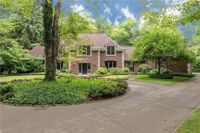 Gates Mills Single Family Home For Sale: 1855 Chartley Rd