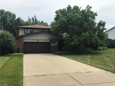Cuyahoga County Single Family Home For Sale: 25370 Cardington Dr
