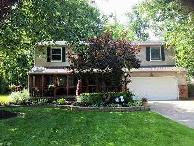 Willoughby Single Family Home For Sale: 38822 Courtland Dr