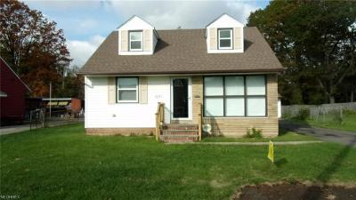 Cleveland Single Family Home For Sale: 18401 Invermere Ave