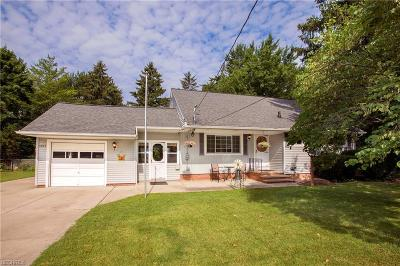 North Olmsted Single Family Home For Sale: 4644 Canterbury Rd