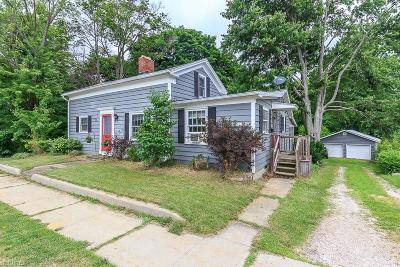 Madison Single Family Home For Sale: 93 East Main St