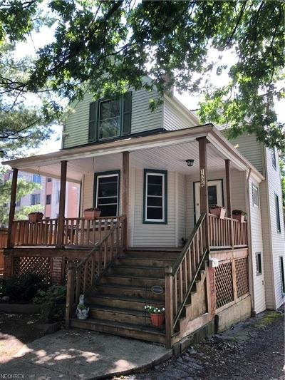 Lakewood Single Family Home For Sale: 1506 Newman Ave