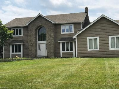 Solon Single Family Home For Sale: 5808 Liberty Rd