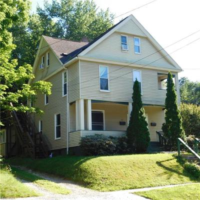 Kent Multi Family Home For Sale: 512 Rockwell St