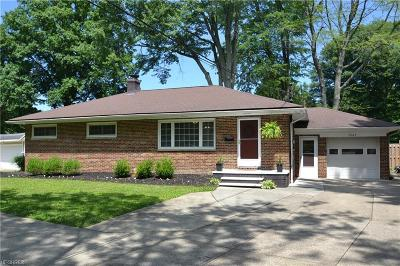 North Olmsted Single Family Home For Sale: 3463 Clague Rd