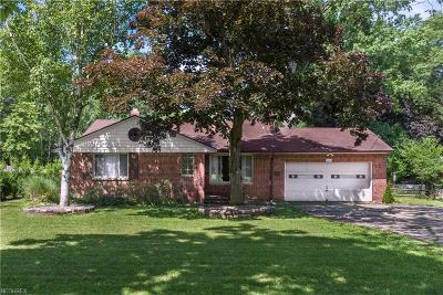 North Olmsted Single Family Home For Sale: 5690 Mackenzie Rd