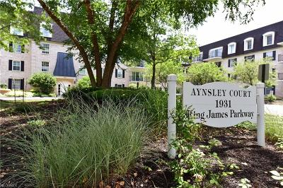 Westlake Condo/Townhouse For Sale: 1931 King James #132